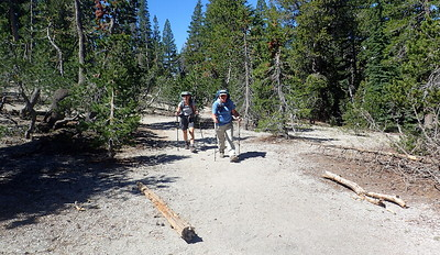 Setting off on our day hike. Photo by Chuck Haak.