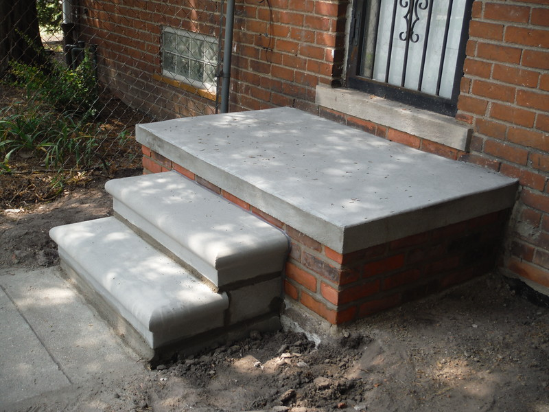 Side porch and step replacement