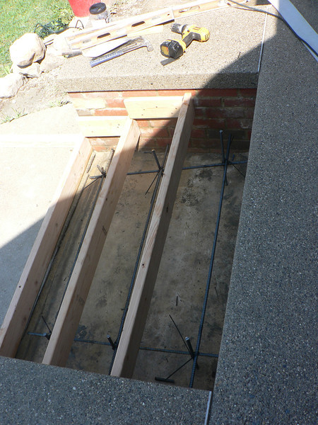 FORMS IN PLACE FOR THE STEPS