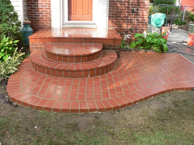 NEW BRICK HAVE BEEN WASHED TO CLEAN OFF ANY MORTAR STAINS.