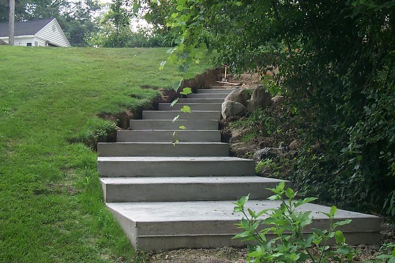 POURED STEPS IN PROGRESS