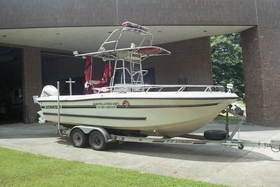 Nashville TN Boat 22