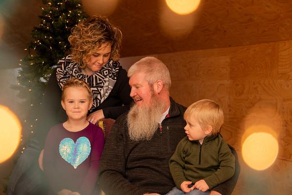 Weakland Christmas Portraits 2018