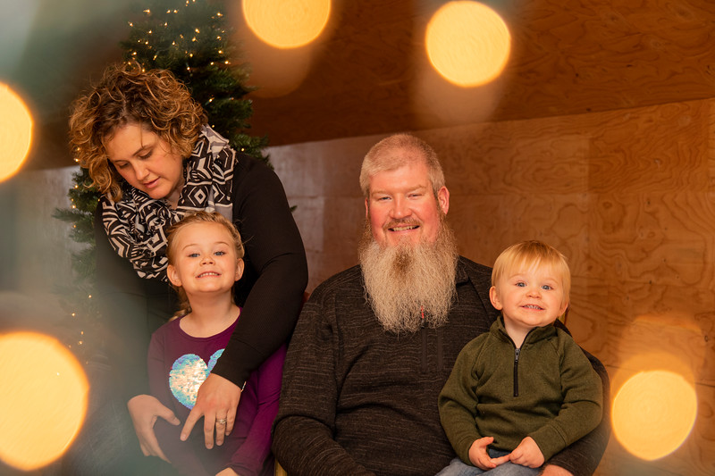 Weakland Christmas Portraits 2018