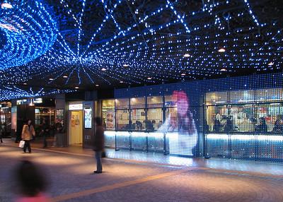 IMG_8201 hakata - watanabe dori - underground street with lights