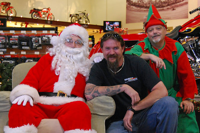 51 Santa visits J&P Cycles Florida Superstore