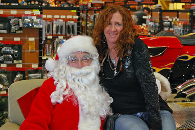 93 Santa visits J&P Cycles Florida Superstore