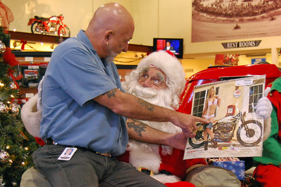 57 Santa visits J&P Cycles Florida Superstore