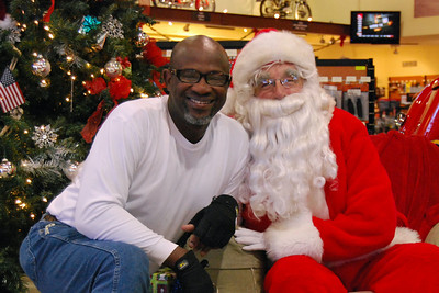71 Santa visits J&P Cycles Florida Superstore