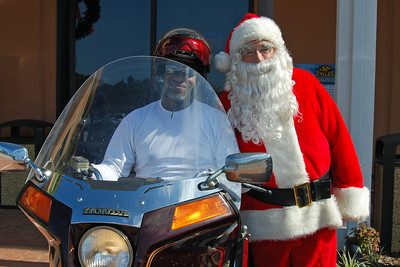82 Santa visits J&P Cycles Florida Superstore