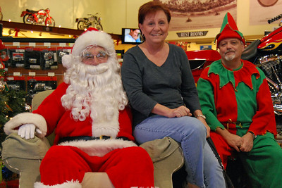 54 Santa visits J&P Cycles Florida Superstore