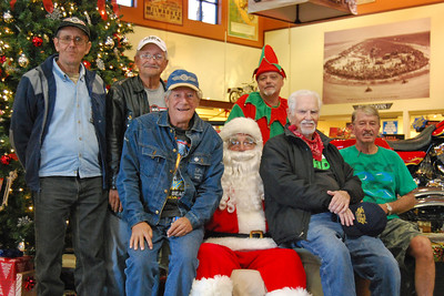 78 Santa visits J&P Cycles Florida Superstore