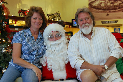 73 Santa visits J&P Cycles Florida Superstore