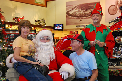 76 Santa visits J&P Cycles Florida Superstore