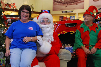 47 Santa visits J&P Cycles Florida Superstore