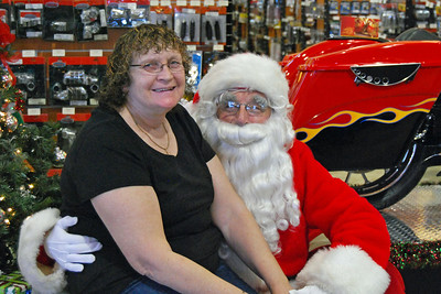 97 Santa visits J&P Cycles Florida Superstore