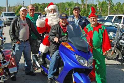 80 Santa visits J&P Cycles Florida Superstore