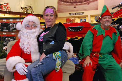 48 Santa visits J&P Cycles Florida Superstore
