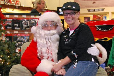 74 Santa visits J&P Cycles Florida Superstore