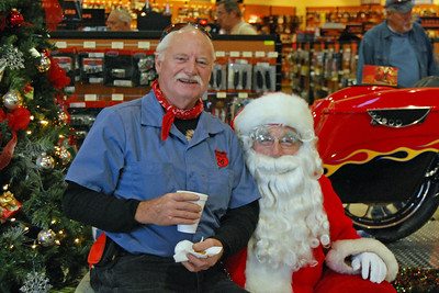 95 Santa visits J&P Cycles Florida Superstore