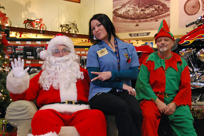 49 Santa visits J&P Cycles Florida Superstore