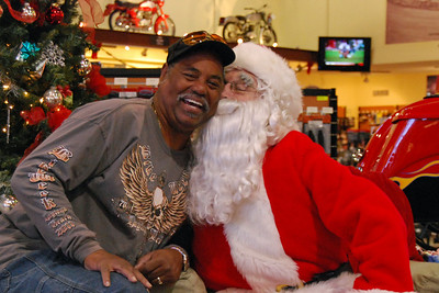70 Santa visits J&P Cycles Florida Superstore