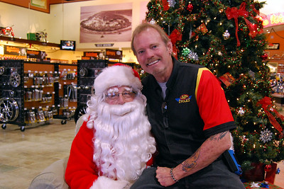 0926 2012 Santa Visits J&P Cycles Florida Superstore