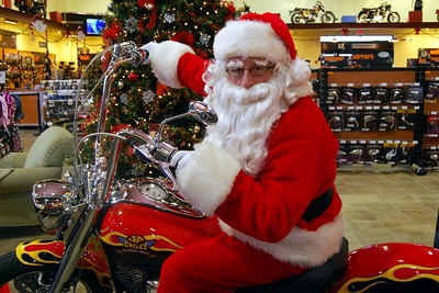 0930 2012 Santa Visits J&P Cycles Florida Superstore