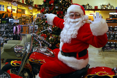 0929 2012 Santa Visits J&P Cycles Florida Superstore