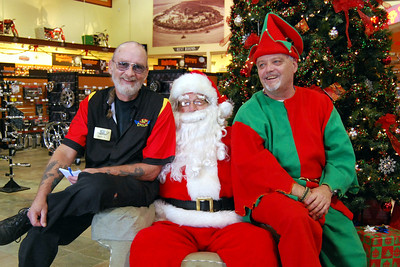 0967 2012 Santa Visits J&P Cycles Florida Superstore
