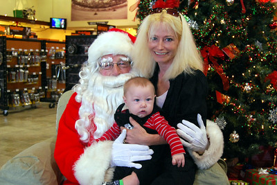 0945 2012 Santa Visits J&P Cycles Florida Superstore