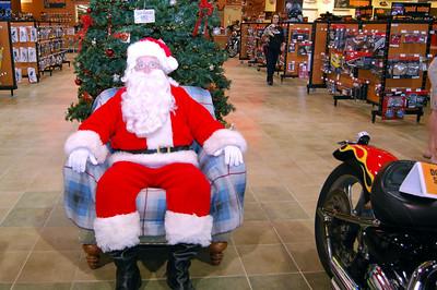 2013 Santa visits J&P Cycles Florida Superstore (2)