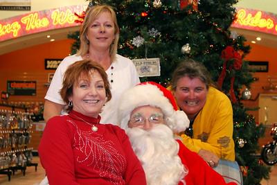 2013 Santa visits J&P Cycles Florida Superstore (44)