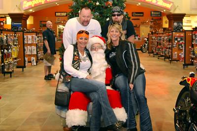 2013 Santa visits J&P Cycles Florida Superstore (10)