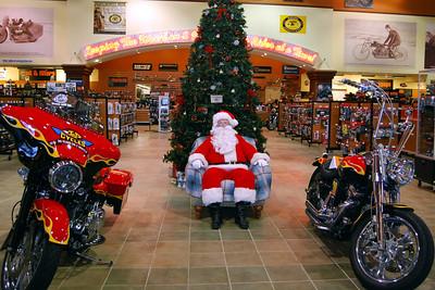 2013 Santa visits J&P Cycles Florida Superstore (1)