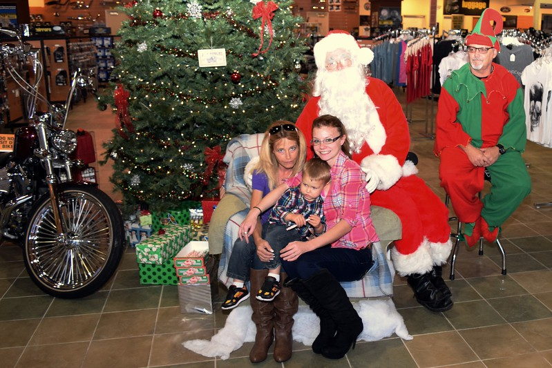 2014 Santa Visits J&P Cycles Florida Superstore (21)