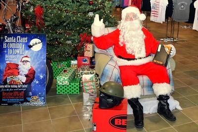 2014 Santa Visits J&P Cycles Florida Superstore (6)