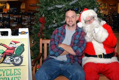 2016 Santa Visits J&P Cycles (36)