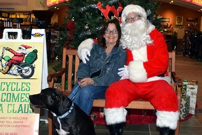 2016 Santa Visits J&P Cycles (47)