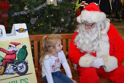 2016 Santa Visits J&P Cycles (4)