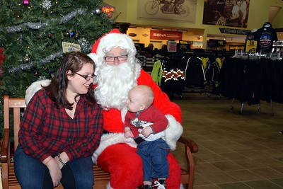 2016 Santa Visits J&P Cycles (20)