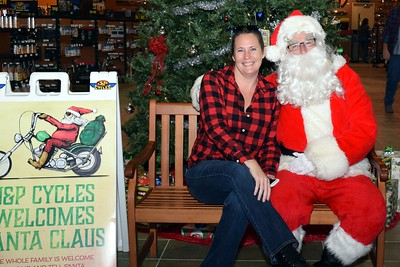2016 Santa Visits J&P Cycles (35)