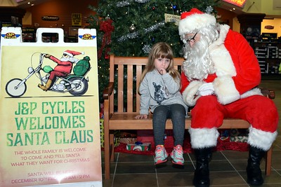 2016 Santa Visits J&P Cycles (29)