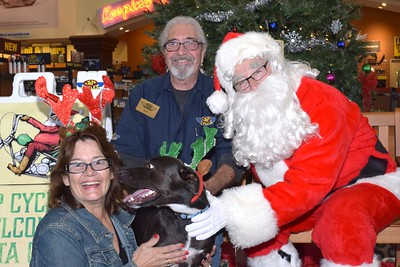 2016 Santa Visits J&P Cycles (44)