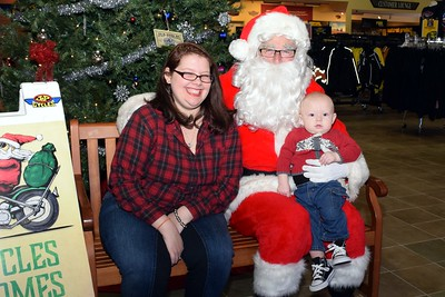 2016 Santa Visits J&P Cycles (21)