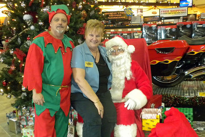 935 Christmas at J&P Cycles Destination Daytona Superstore
