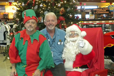 942 Christmas at J&P Cycles Destination Daytona Superstore