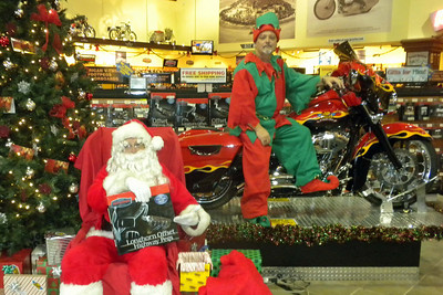 912 Christmas at J&P Cycles Destination Daytona Superstore