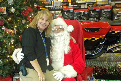 921 Christmas at J&P Cycles Destination Daytona Superstore