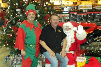 910 Christmas at J&P Cycles Destination Daytona Superstore